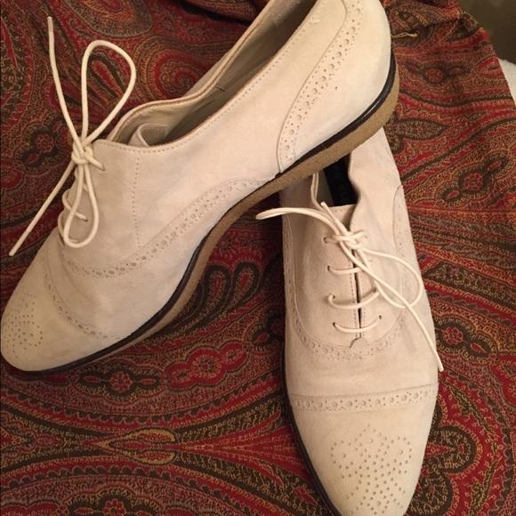 2b77eb7dc23 Anne Klein Shoes - Off white suede bucks